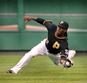 andrew-mccutchen-catch